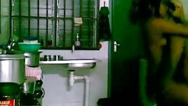 क्रूक्स फुल एचडी मूवी सेक्सी पिक्चर लीना एरिका